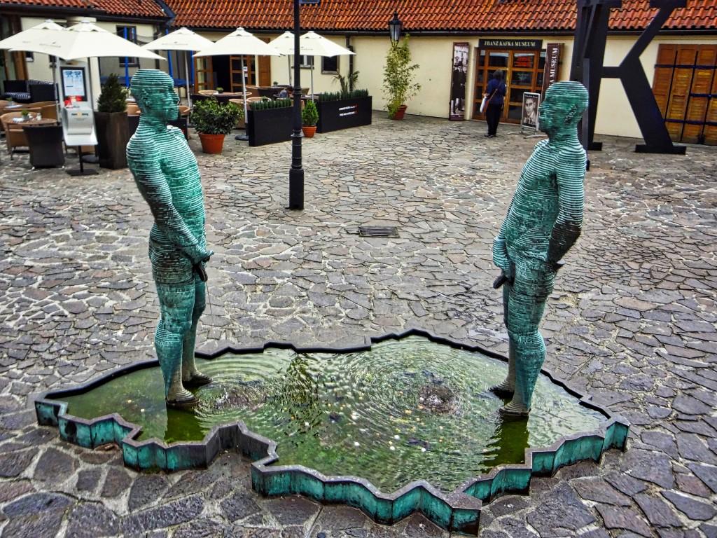 Pissing Statues Prague