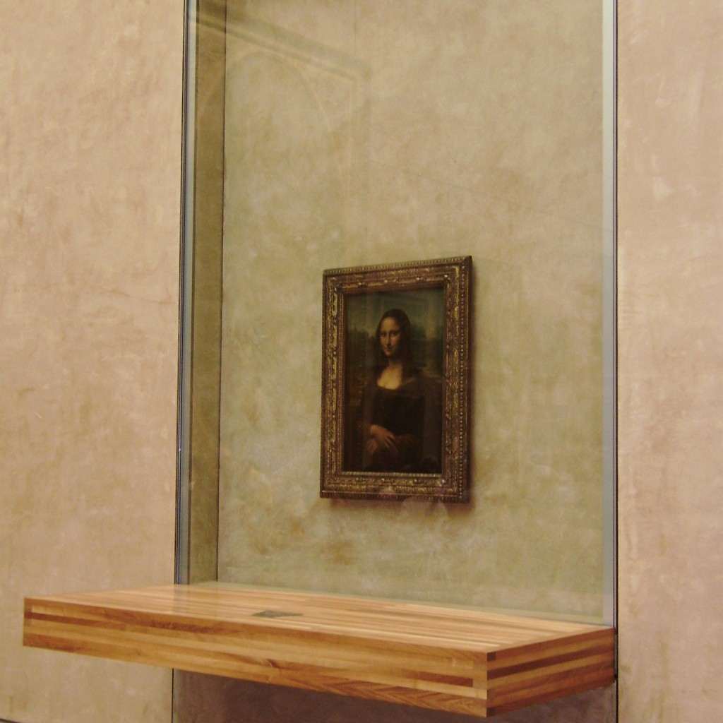 Mona lisa overrated tourist attractions