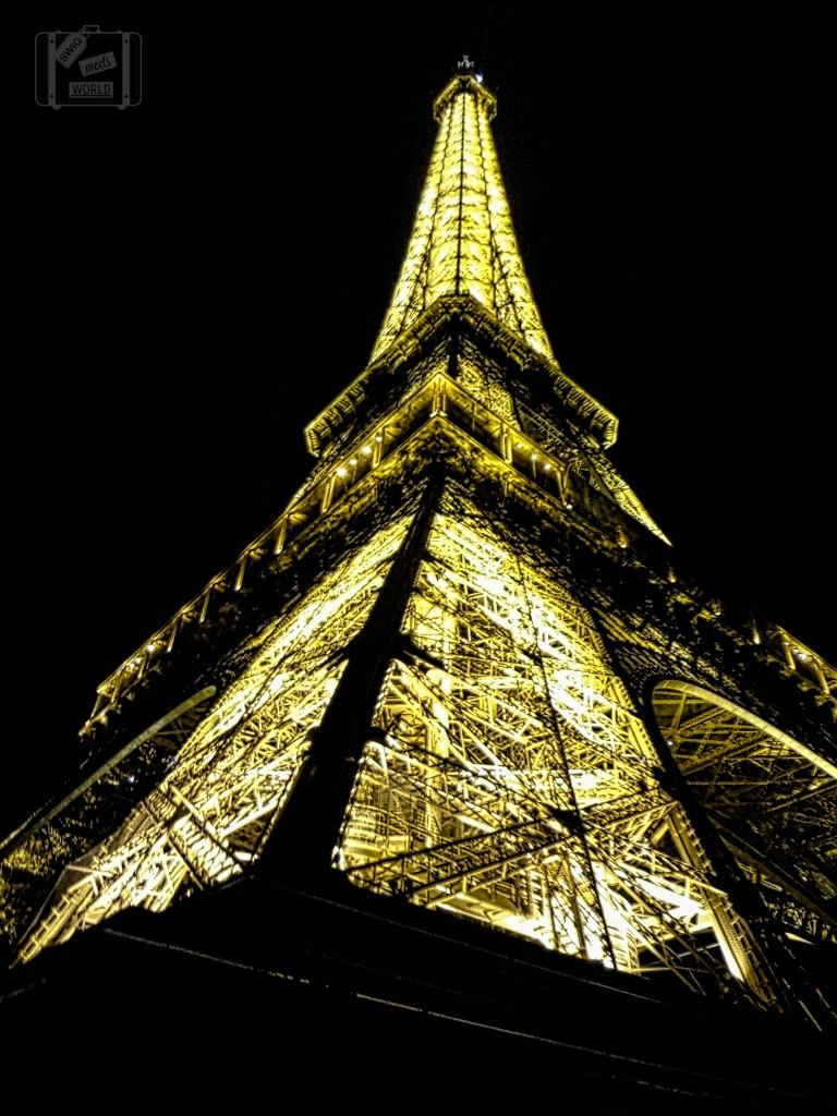 Eiffel Tower at Night Paris Blog