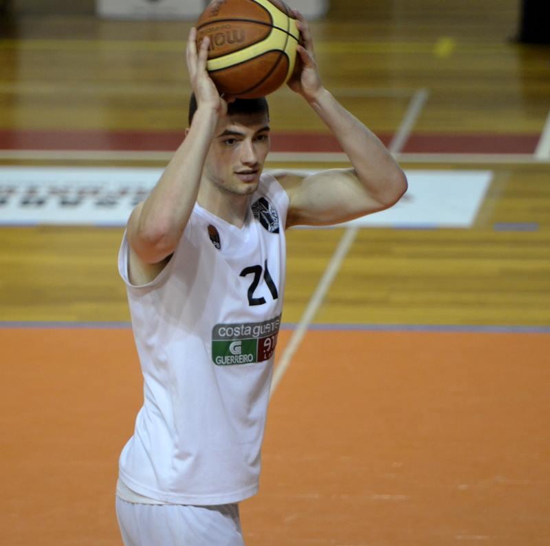 Tony Meier Basketball