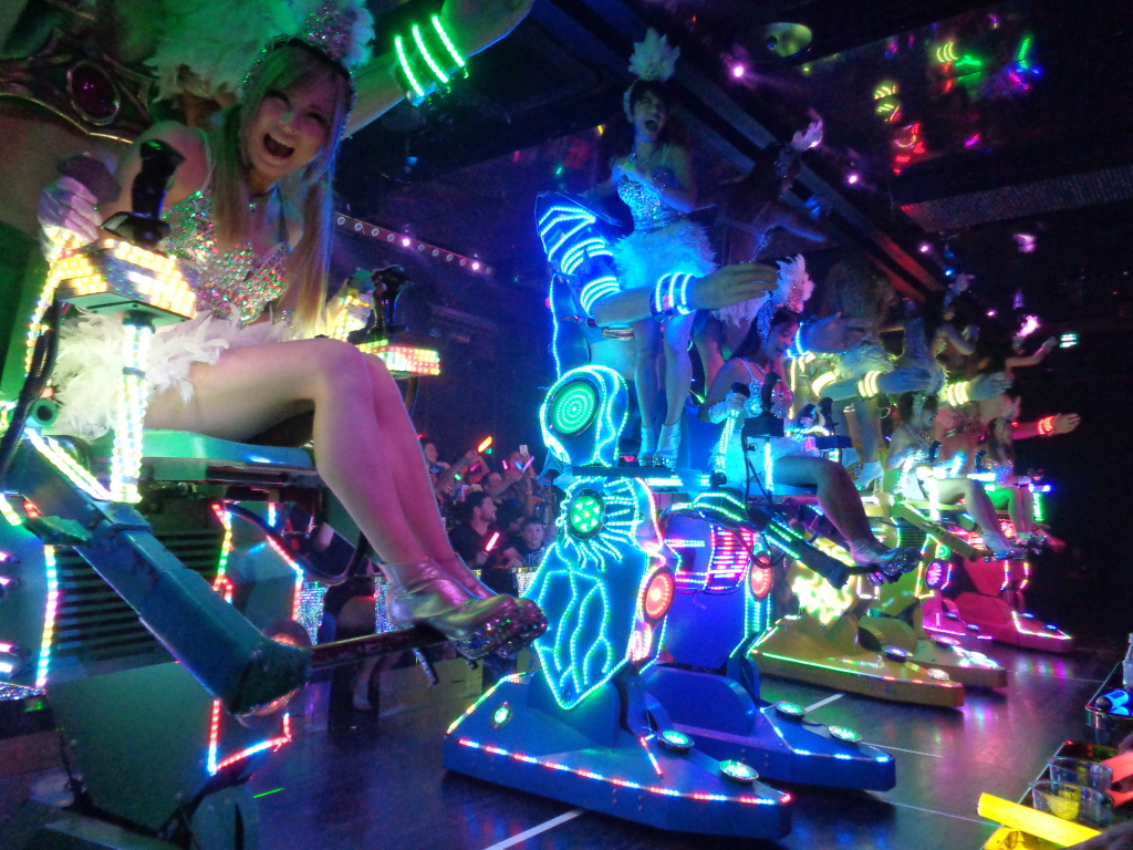 Girls robot restaurant japan