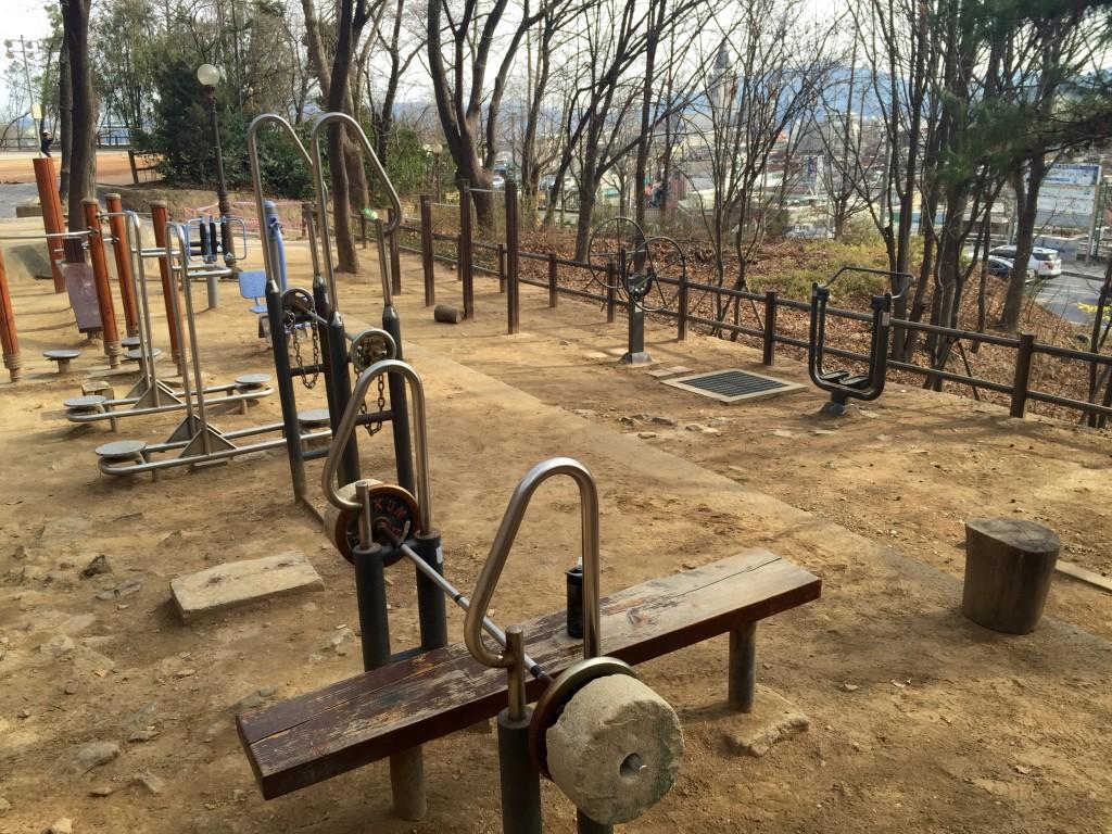 Outdoor gym Seoul Korea
