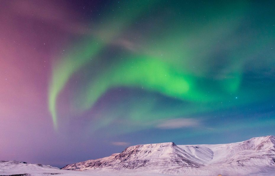Northern-Lights-In-Iceland