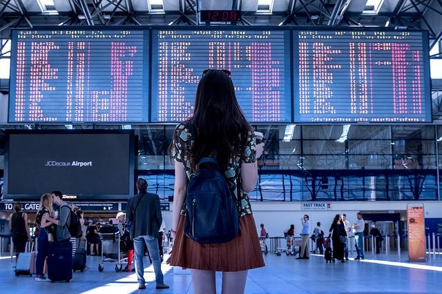 airport-flight-monitors